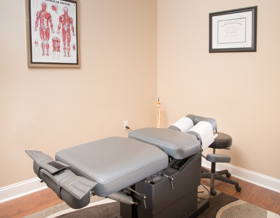 treatment room at Kent Island Chiropractic